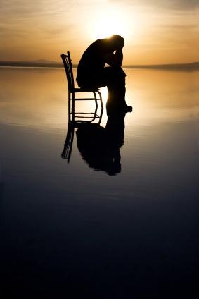 Single zit in zijn uppie op een stoel. Nadeel single?