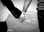 Een koppel hand in hand... Hoe een relatie behouden?